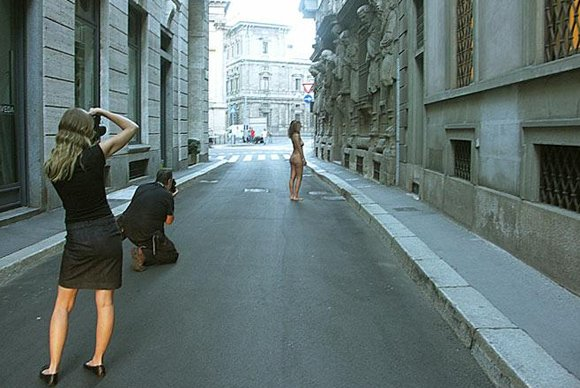 Spencer Tunick a Milano