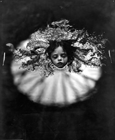 At Warm Springs - 1991 - from the series Immediate Family @ Sally Mann. Courtesy Gagosian Gallery