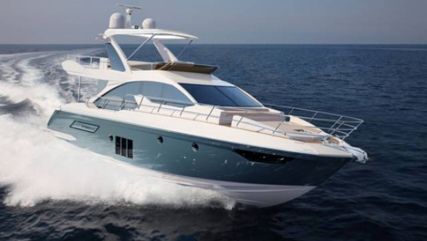 Yacht azimut 50 top in 15 metri for Prezzo yacht 50 metri