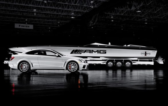 Mercedes-AMG e Cigarette Racing offshore