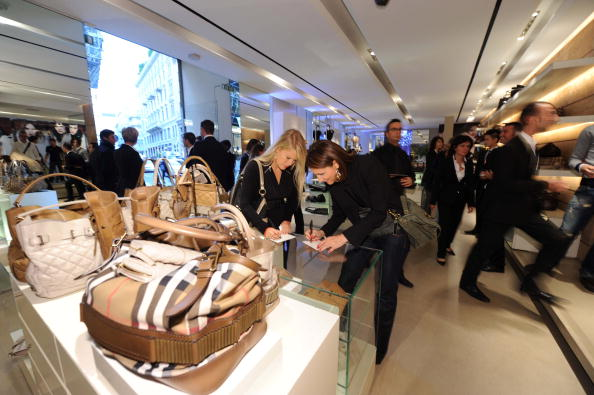 Burberry: Milan Vogue Fashion Night Out