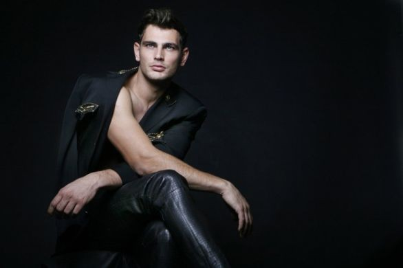 Bell Soto: tributo a Gianni Versace