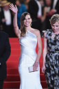 Cannes 2014, giorno 5: Hilary Swank in Versace