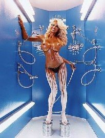 pamela anderson Artists & Prostitutes: David LaChapelle in mostra