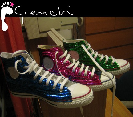 Gienchi sneakers customizzate con paillettes