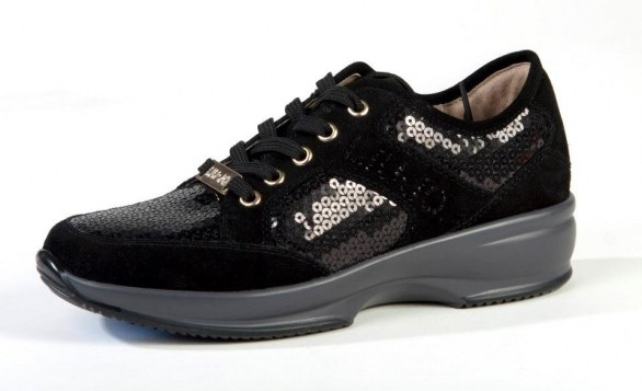 gli accessori must have per l'inverno 2013 sneakers strass Liu Jo