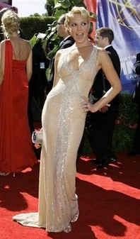 katherine heigl emmy awards 2006 escada