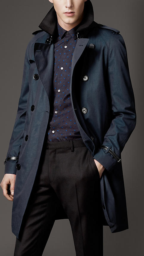 Burberry Brit Store A Milano : I trench cult di burberry