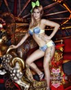 Intimo sexy Capodanno - Lingerie Miss Ultimo Holiday con Pixie Geldof
