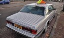 Stranezze dal web - Bentley con check Burberry