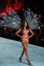 Victoria's Secret Fashion Show 2013 piume