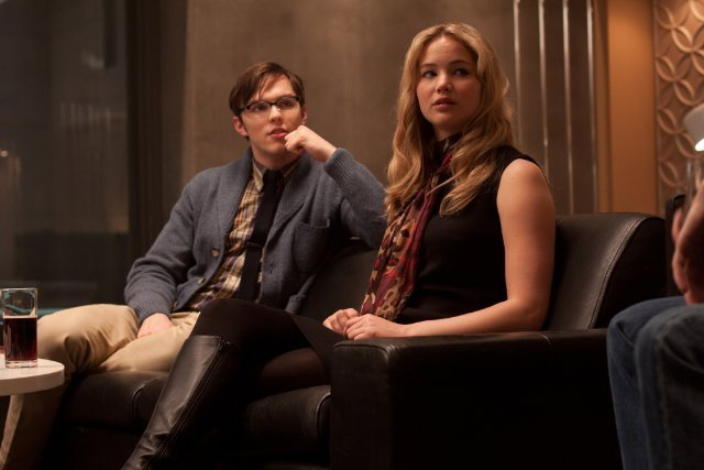 Nicholas-Hoult-and-Jennifer-Lawrence-in-X-Men-First-Class-2011-Movie-Image-2