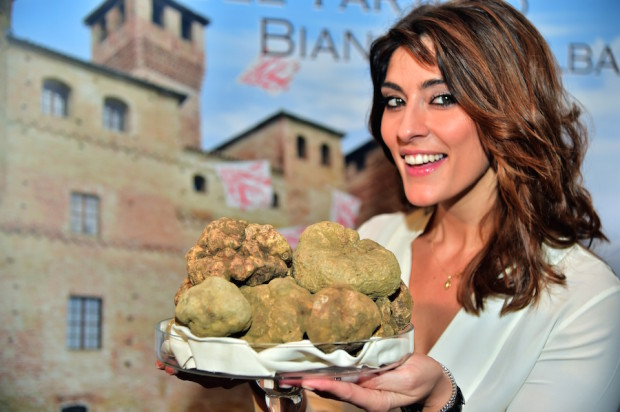 ITALY-GASTRONOMY-TRUFFLES-AUCTION-THEME-FOOD