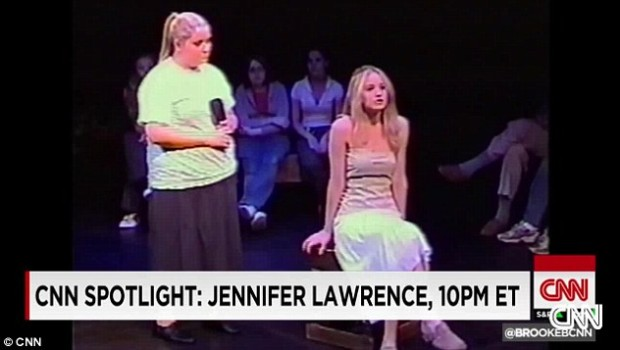 237853DF00000578-2847868-Star_on_the_rise_Jennifer_Lawrence_played_Desdemona_in_Shakespea-12_1416863582655