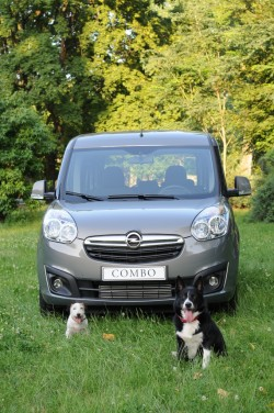 opel combo tour pet lovers edition
