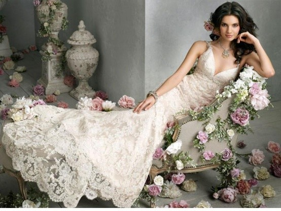 Vestiti da sposa all'uncinetto