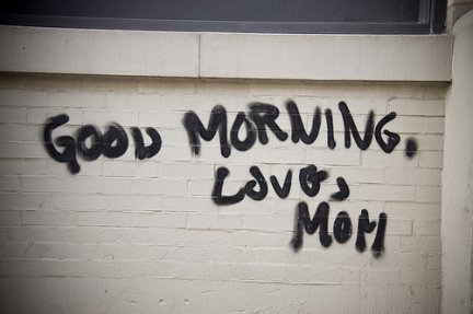 graffito: love mom