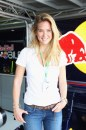 Bar Refaeli look casual