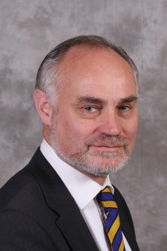 Crispin Blunt, politico inglese, fa coming out