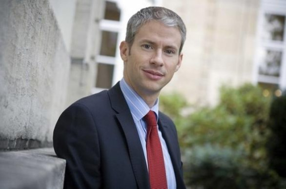 Francia: Franck Riester, deputato conservatore, fa coming out