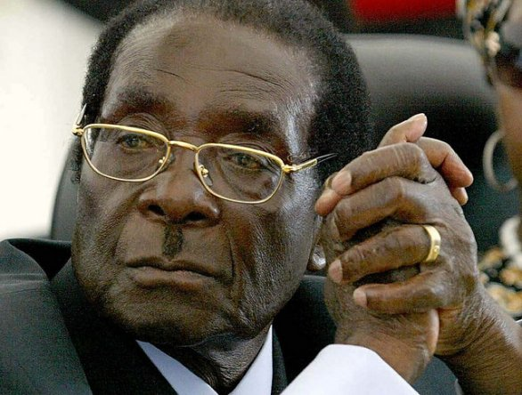 Diritti gay: Robert Mugabe manda all'inferno David Cameron
