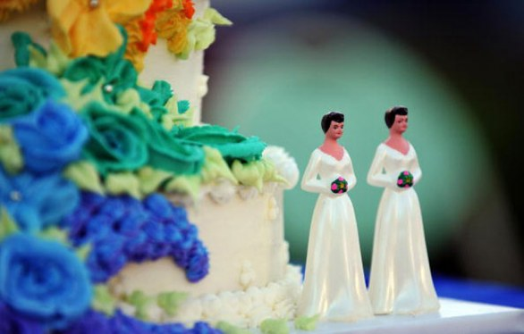 Wedding cake toppers gay, sposini sulla torta nuziale gay