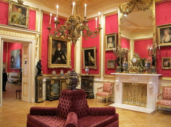Interno della wallace collection di Londra