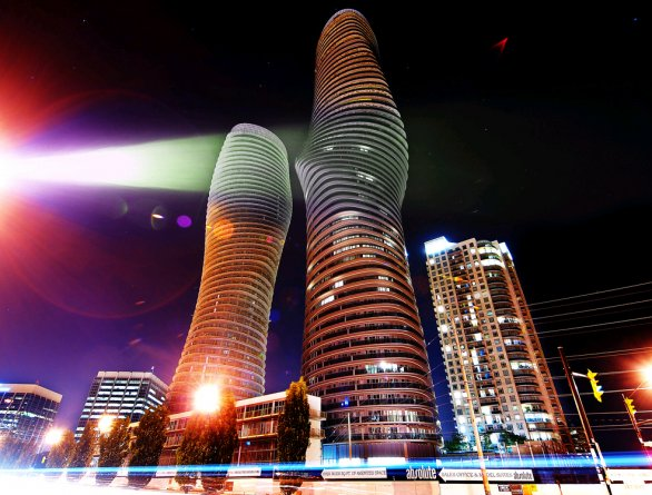 Le Absolute World Towers di Mississauga
