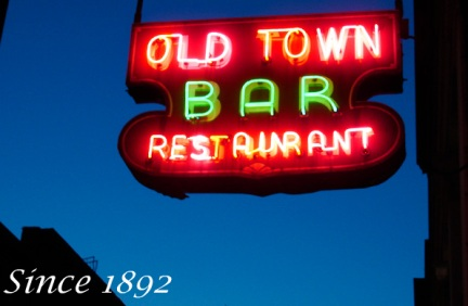 L'insegna dell' Old Town Bar, New York