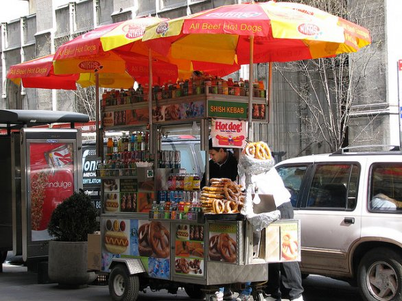 "Un tipico ""food cart"" di New York"
