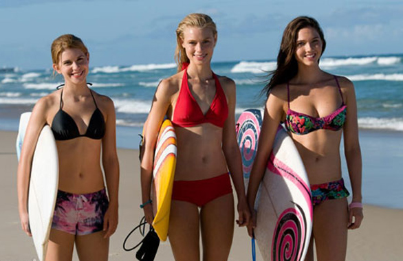 Alien-Surf-Girls