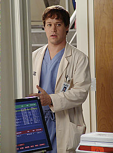 T.R.Knight aka George O' Malley