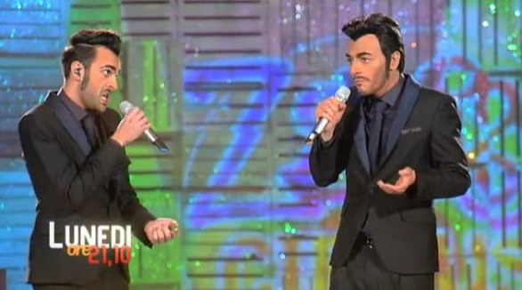 Mengoni-Vernia, duetto a Zelig 2013